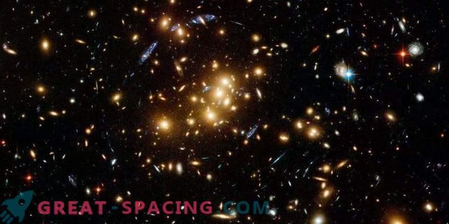 Kaks raadiotähist Abell 168 galaktikaklastris