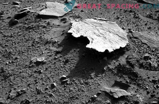 Curiosity Mars Rover Discovers Australia on Mars