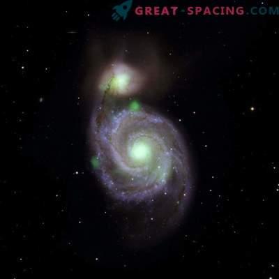 Un petit objet lumineux éclipse les trous noirs supermassifs du confluent galactique