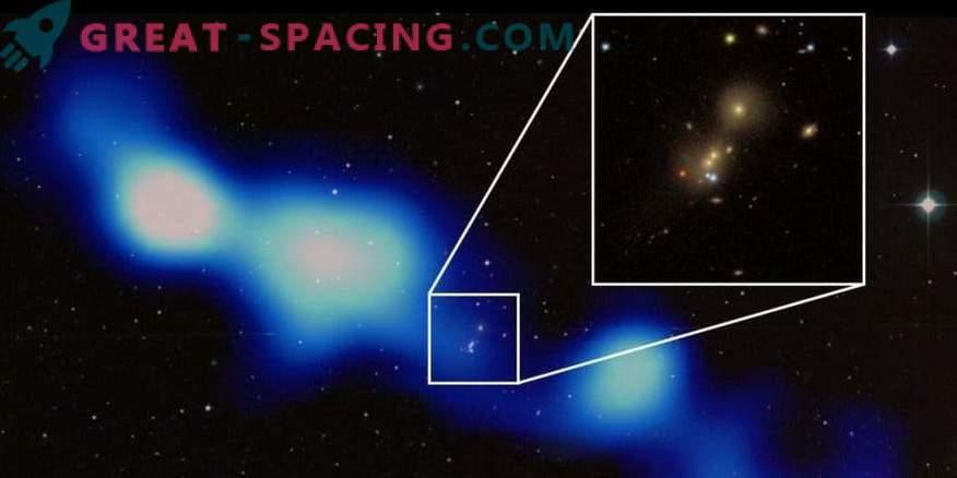Les astronomes indiens ont découvert une galaxie radio géante