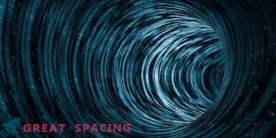 Ali je mogoče potovati v prostoru in času skozi črvino