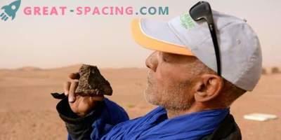 Deserto marocchino setacciato dai cacciatori di meteoriti