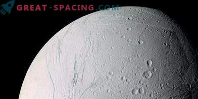 Le satellite de Saturne Enceladus pourrait se renverser