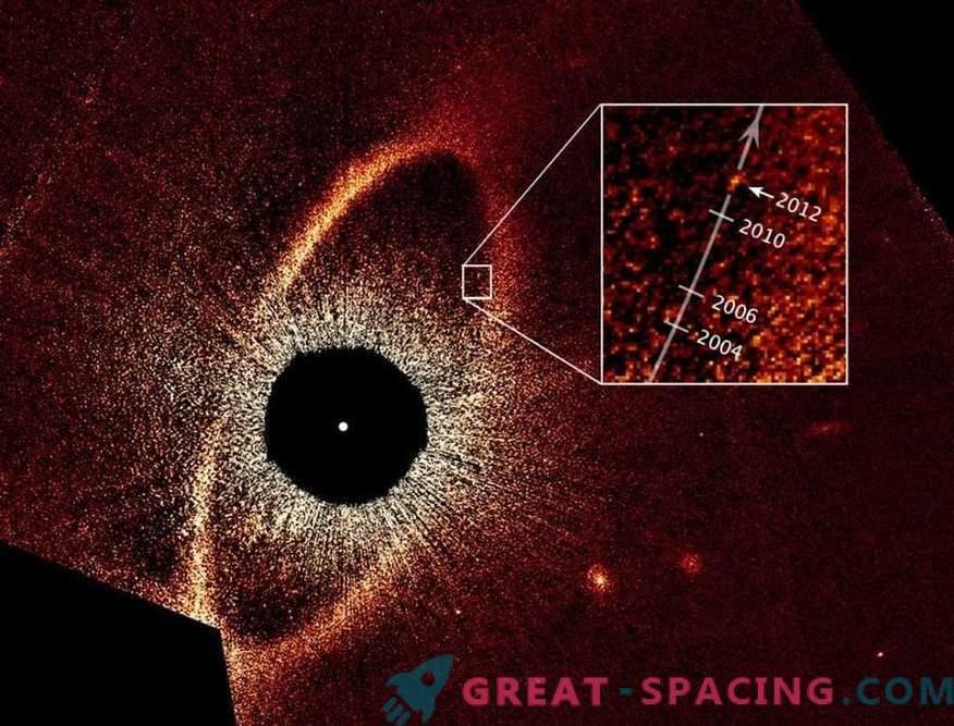 Qu'est-ce qui surprend la planète zombie sur l'orbite de l'Œil de Sauron