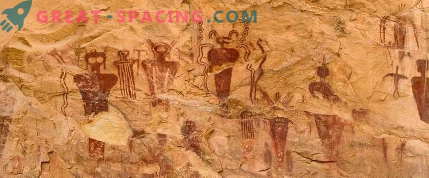 10 pinturas rupestres inusuales que apuntan a seres extraterrestres. Según los ufólogos
