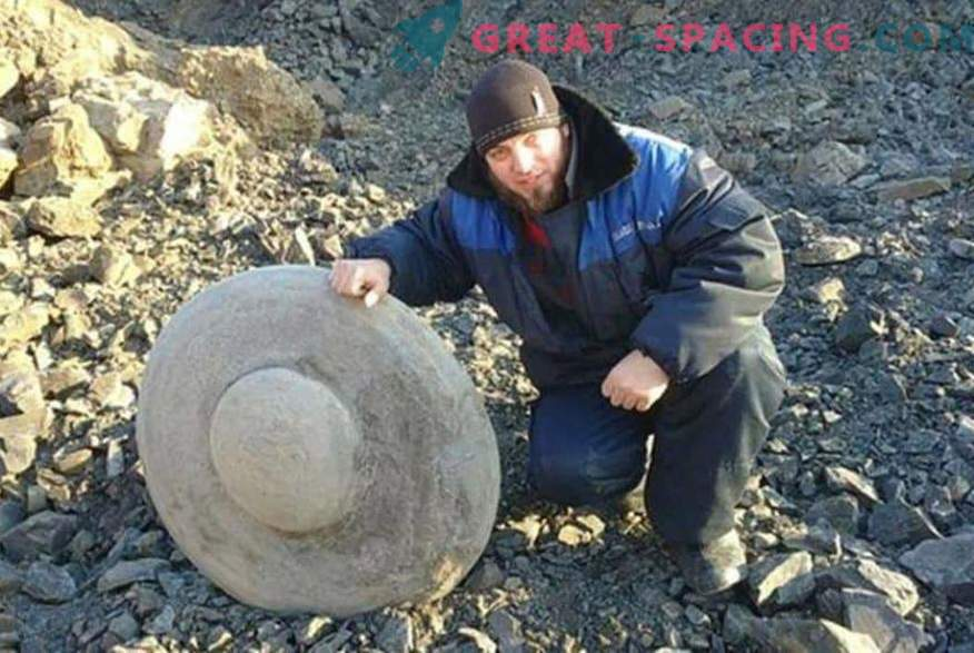Stone disks in the form of flying saucers. Ufologists and scientists argue about the origin of the finds in the Volgograd region