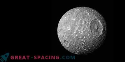 Луна Мимас -