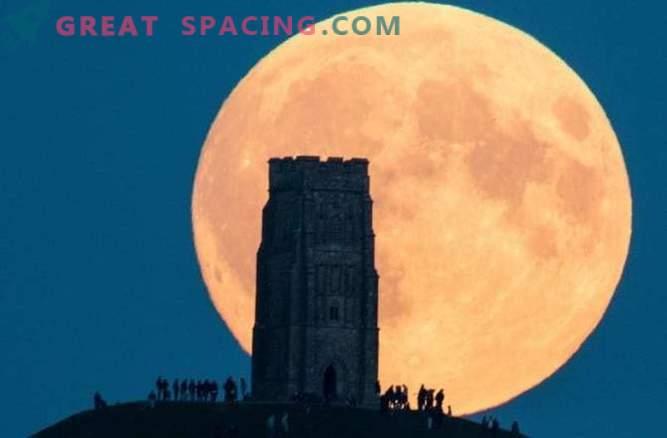 La próxima súper luna será la más grande desde 1948