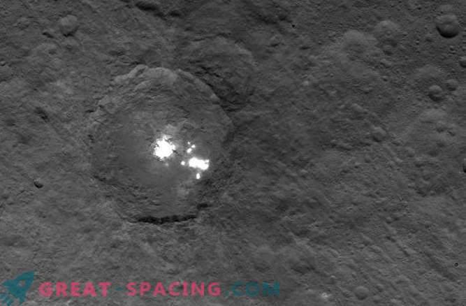 Wissenschaftler können die Natur der mysteriösen Flecken auf Ceres immer noch nicht verstehen.